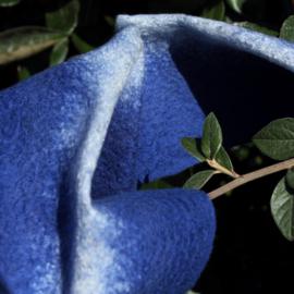 Echarpe Ligne de soie nuance Blue