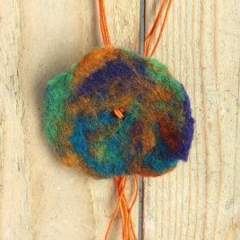 Collier sautoir Fleur de laine – Brésilienne